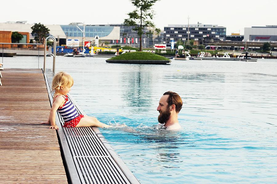 NicetohaveMag-Pool-Ritz-Volkswagen-Hotelreview-Carlton-Autostadt-Wolfsburg