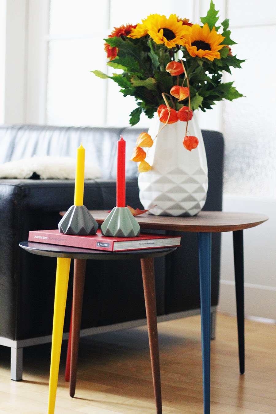 nicetohavemag-interiordesign-sonnenblumen-germandesign-herbstdeko-boconcept-mycs-coffeetable