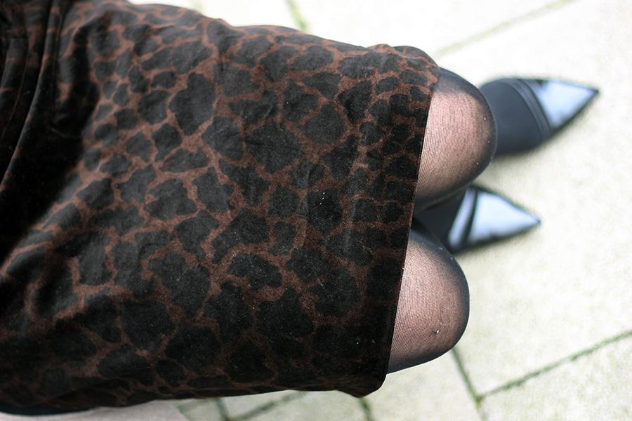nicetohavemag-businesswear-leoprint-bleistiftrock