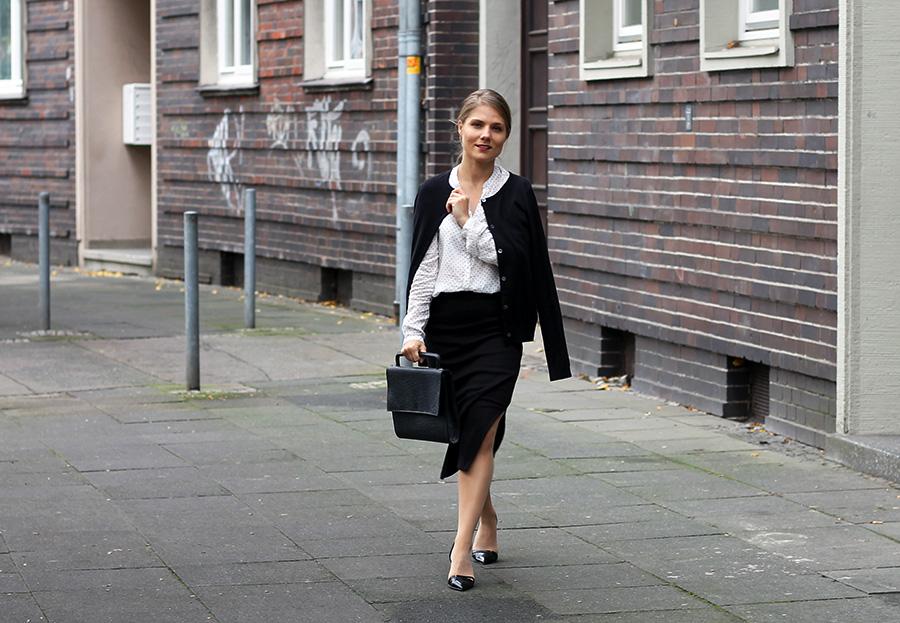 nicetohavemag-peopletree-pencilskirt-armedangles-cardigan-businesswear-fair